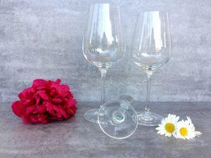 Gläser Hochzeit Sommerfest Getränke Friesacher mit Blumen IMG_9007